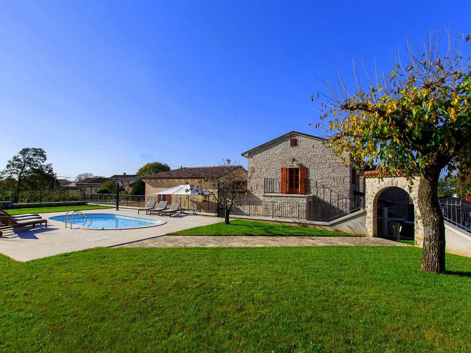 Villa Stauri