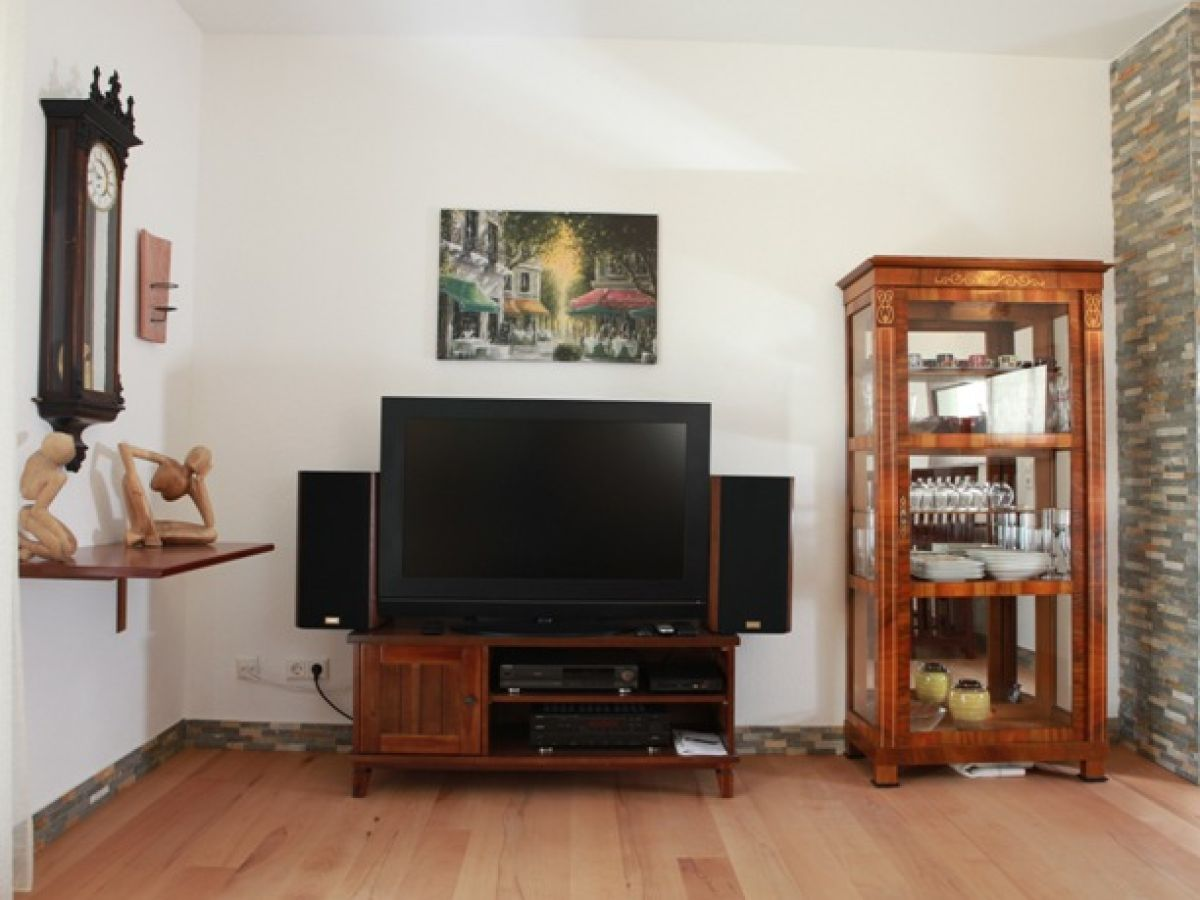 ferienwohnung stilvolles ambiente stuttgart bad. Black Bedroom Furniture Sets. Home Design Ideas