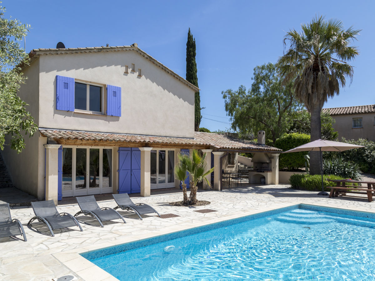 Frejus Villa With Pool