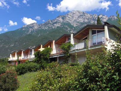 Villagio Navene Residence