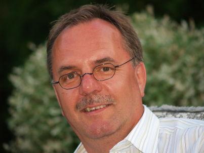 Ihr Gastgeber Dr. Hans-Jürgen Hillmer