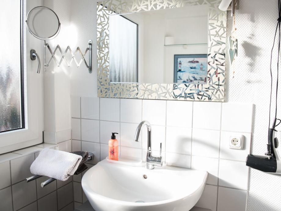 ferienwohnung rike im haus seehund nordsee b sum dithmarschen schleswig holstein firma. Black Bedroom Furniture Sets. Home Design Ideas