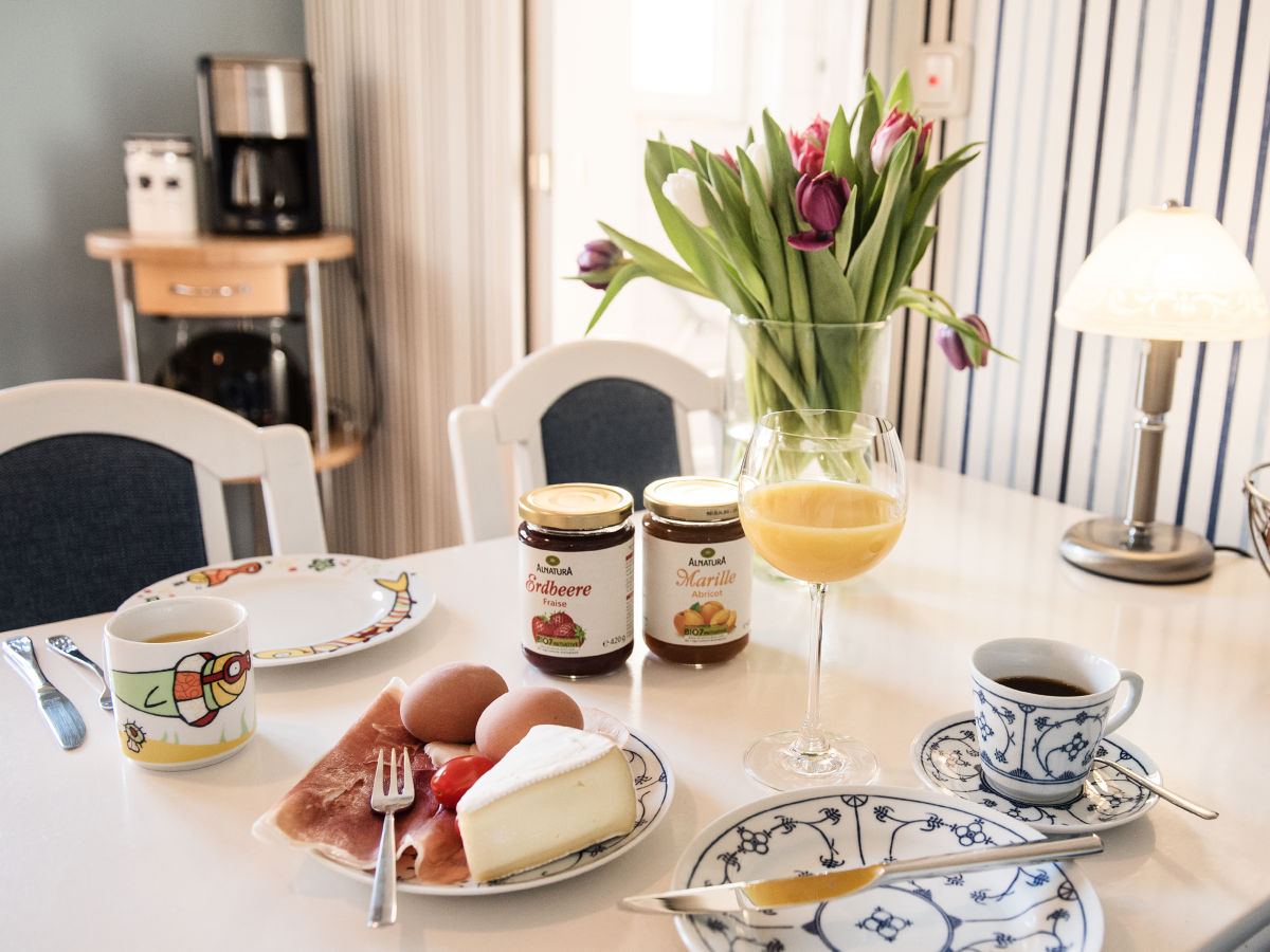 ferienwohnung robin im haus seehund schleswig holstein b sum nordsee dithmarschen firma. Black Bedroom Furniture Sets. Home Design Ideas