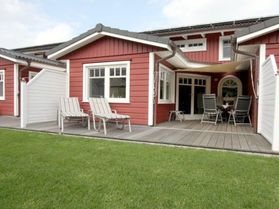 Ferienhaus mit großer Terrasse