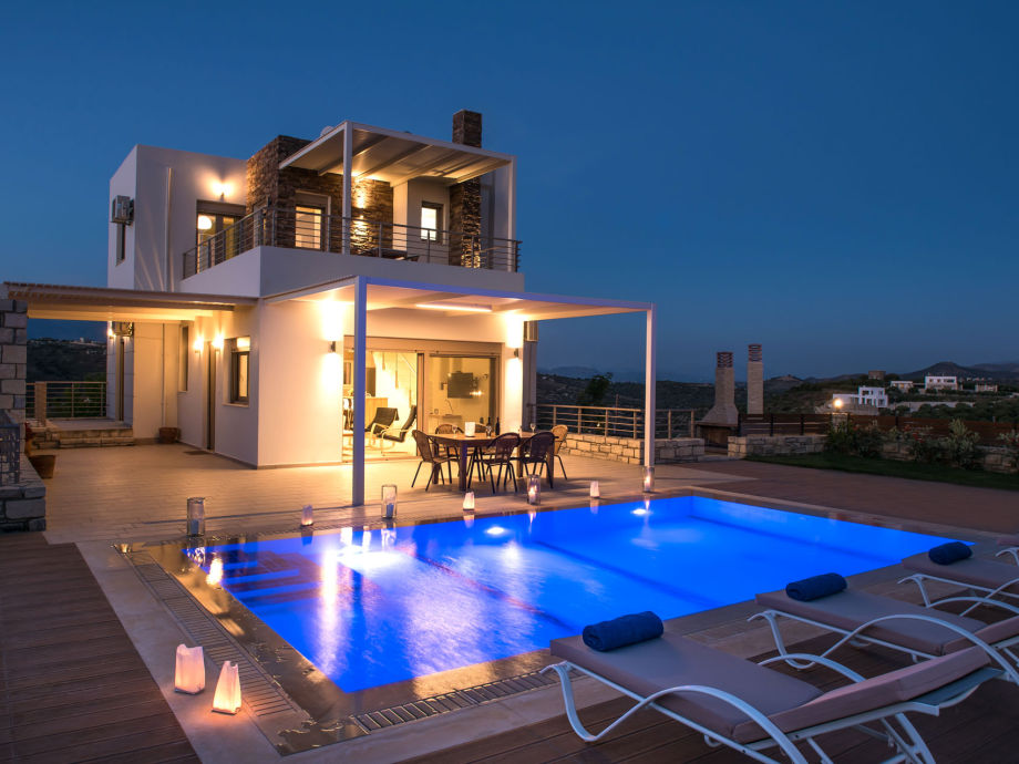 Villa royal nest greece crete bay of messara pitsidia for Villa royale