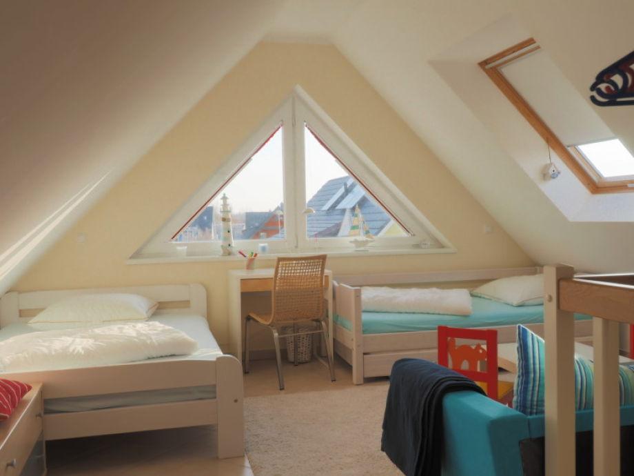 Schlafzimmer Pflanzen Schimmel : Badewanne im schlafzimmer ...