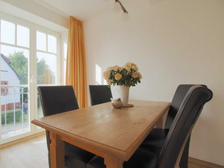 ferienwohnung in der villa smidt fewo 04 mecklenburg vorpommern ostsee warnem nde firma. Black Bedroom Furniture Sets. Home Design Ideas