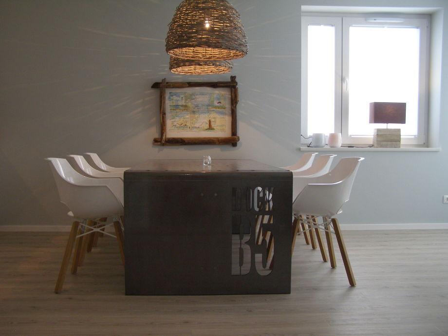 ferienwohnung dock b5 ostseebad laboe direkt an der. Black Bedroom Furniture Sets. Home Design Ideas