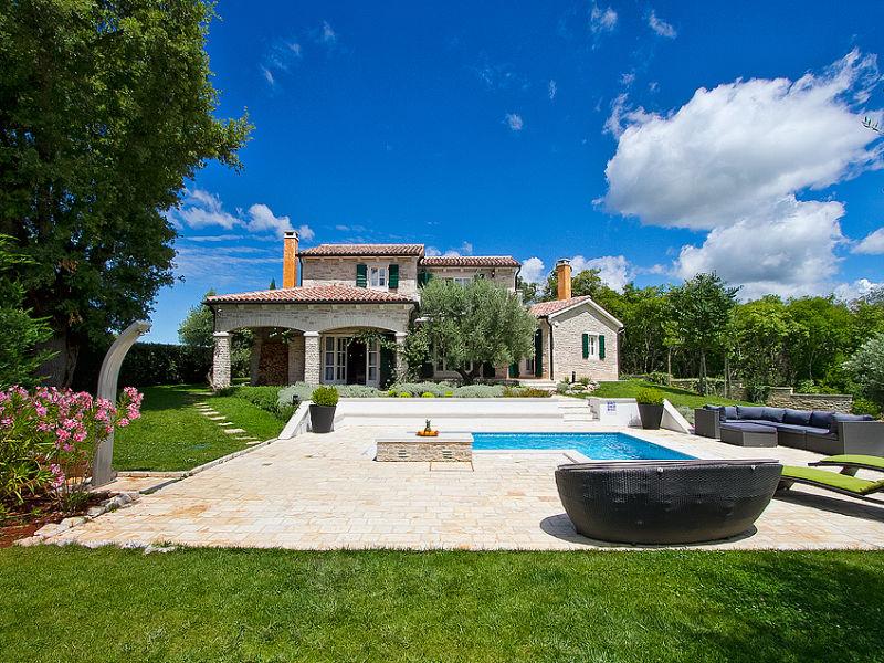 Villa Experience