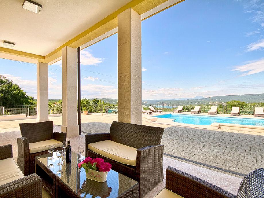 villa rachele rakalj istrien firma my istria. Black Bedroom Furniture Sets. Home Design Ideas
