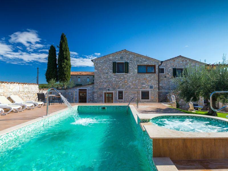 Villa Perci
