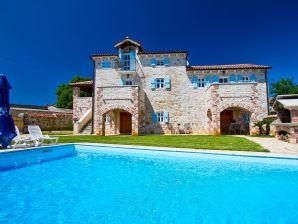 Villa Lamija