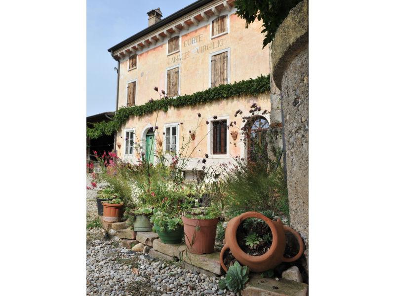 Farmhouse Corte Canale Virgilio