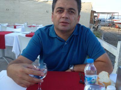 Ihr Gastgeber Mehmet Er
