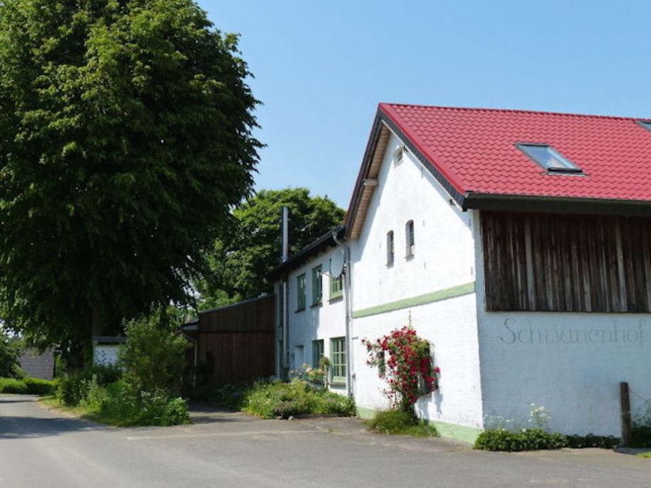 Der Schwanenhof im Sommer