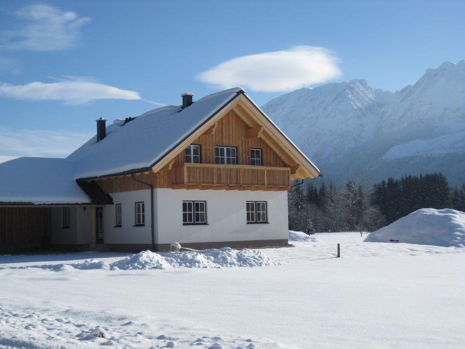 Ferienhaus Loitzl mit Blick auf den Grimming