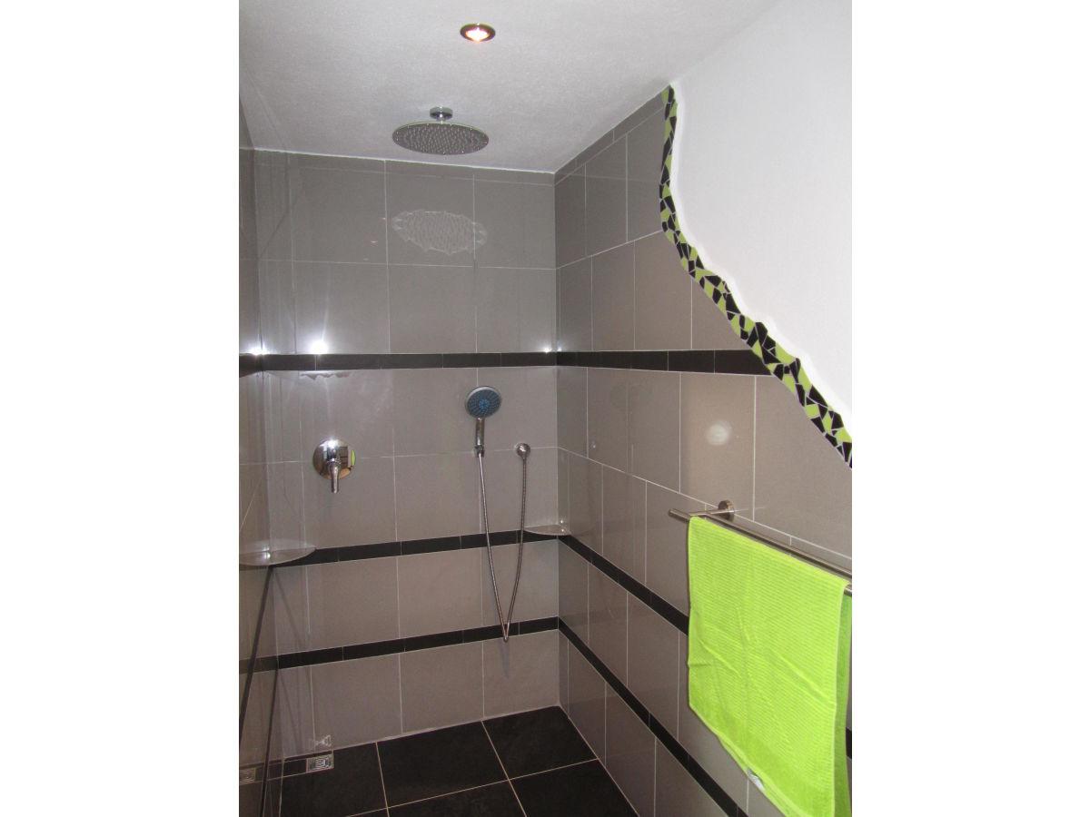 begehbare dusche offen 084951 neuesten ideen f r die. Black Bedroom Furniture Sets. Home Design Ideas