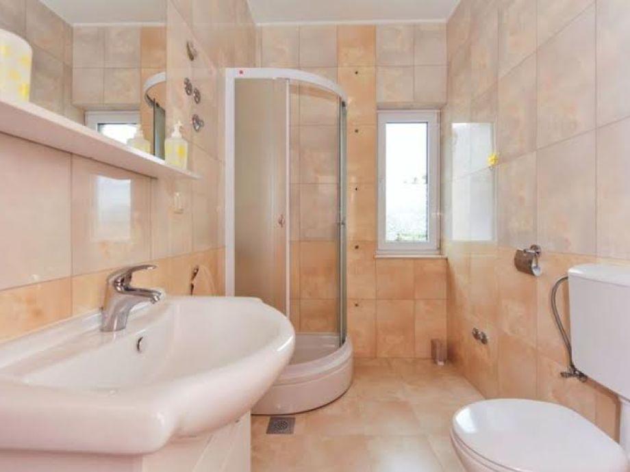 ferienwohnung kruno dalmatien firma aditus mare tourist agency mr zvonimir silov. Black Bedroom Furniture Sets. Home Design Ideas
