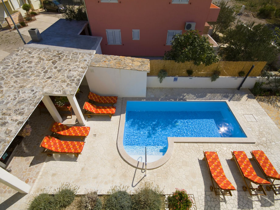Swimming pool Apartments Tihomir