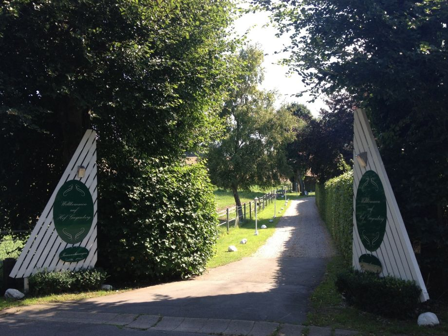 Einfahrt Hof Gayenberg
