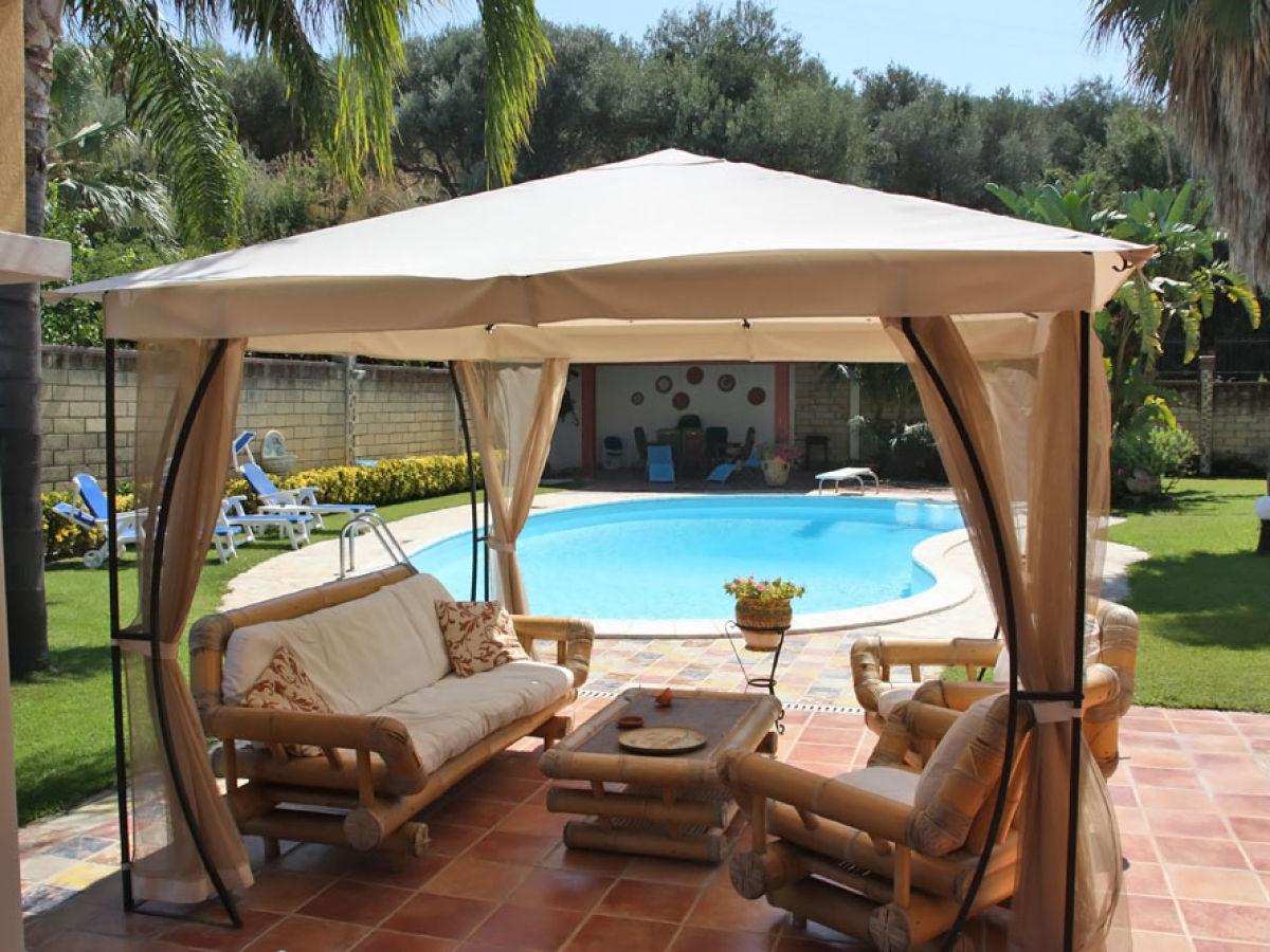 villa falcone falcone firma ferienhaus sizilien herr oskar golde. Black Bedroom Furniture Sets. Home Design Ideas