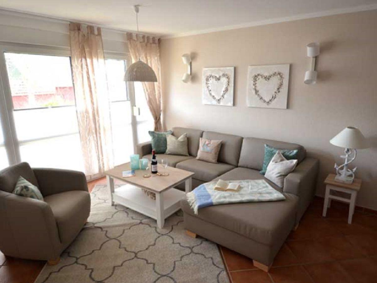 ferienwohnung ras 28 zingst firma urlaubpur und mehr frau britta bergen. Black Bedroom Furniture Sets. Home Design Ideas