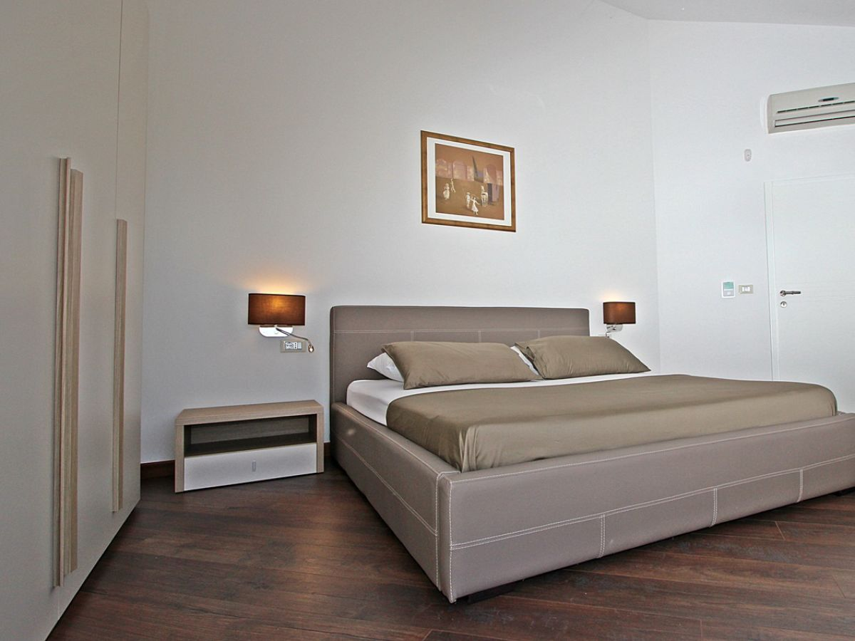 villa s domenica porec istrien firma arlen doo herr. Black Bedroom Furniture Sets. Home Design Ideas