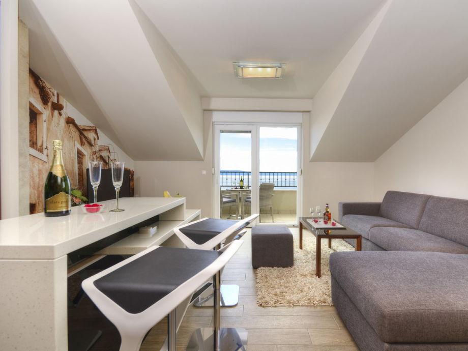 Ferienwohnung anke dalmatien tucepi firma prominens d for Modern eingerichtete wohnzimmer