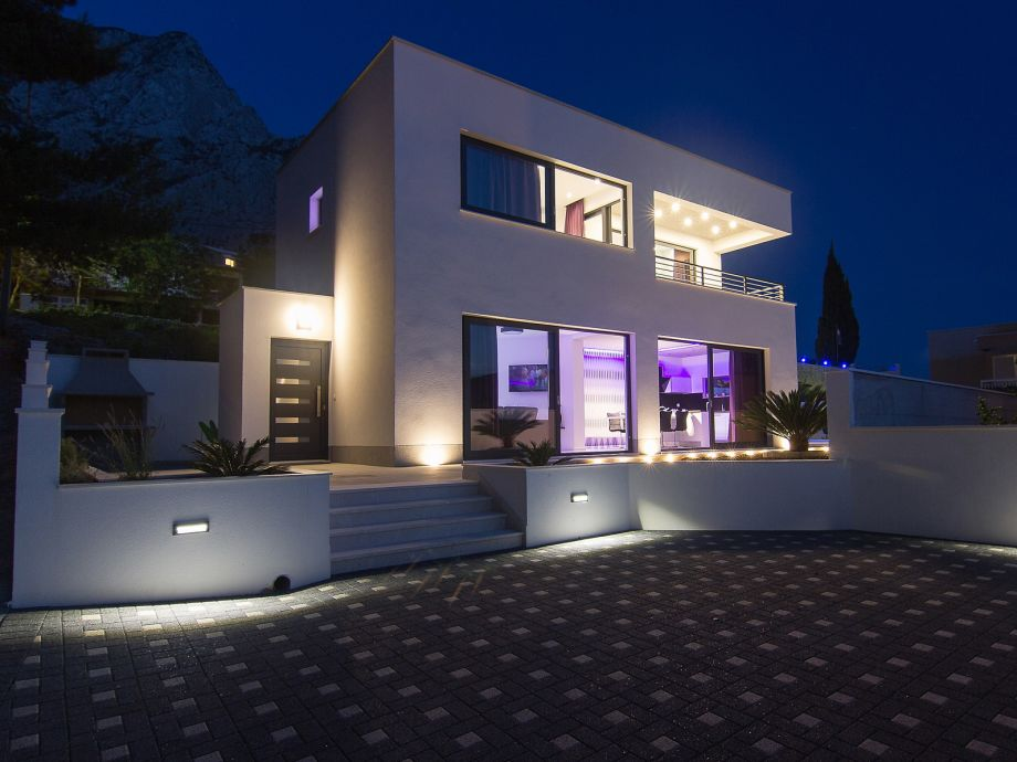 Villa Marion with Pool by night