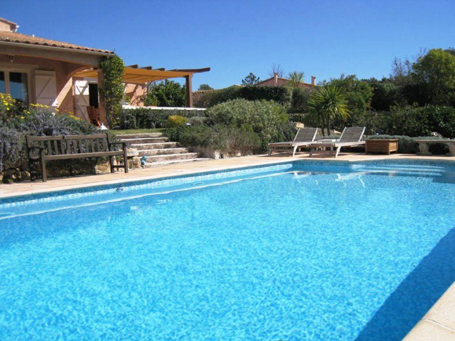 Villa Rosa und Pool