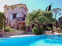 Villa Luxus Villa mit Pool und Meer Panoramablick