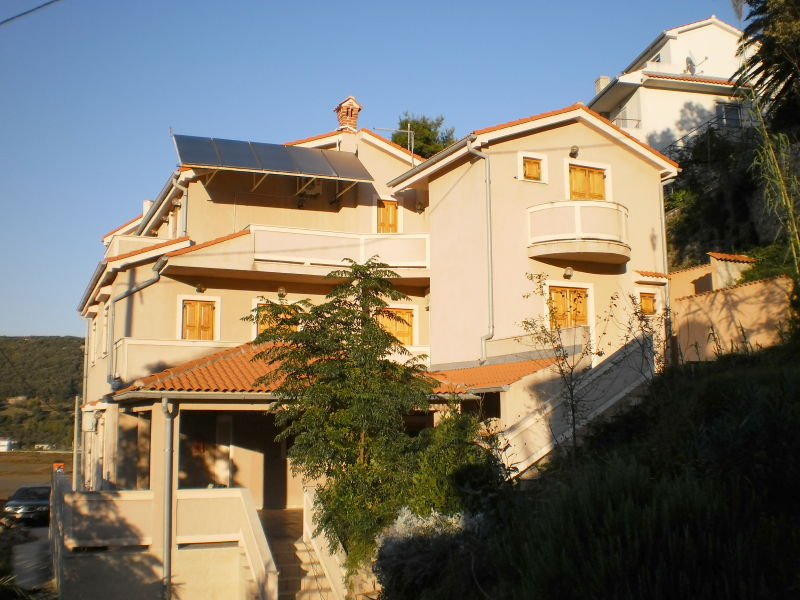 Holiday apartment Lapida 4