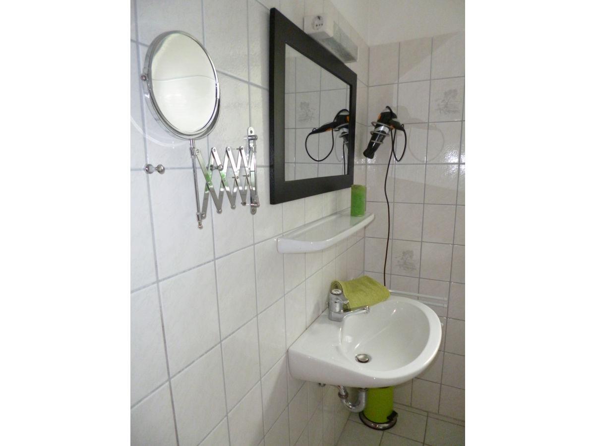 ferienwohnung vogelhaus nordsee halbinsel eiderstedt garding frau maike dau. Black Bedroom Furniture Sets. Home Design Ideas