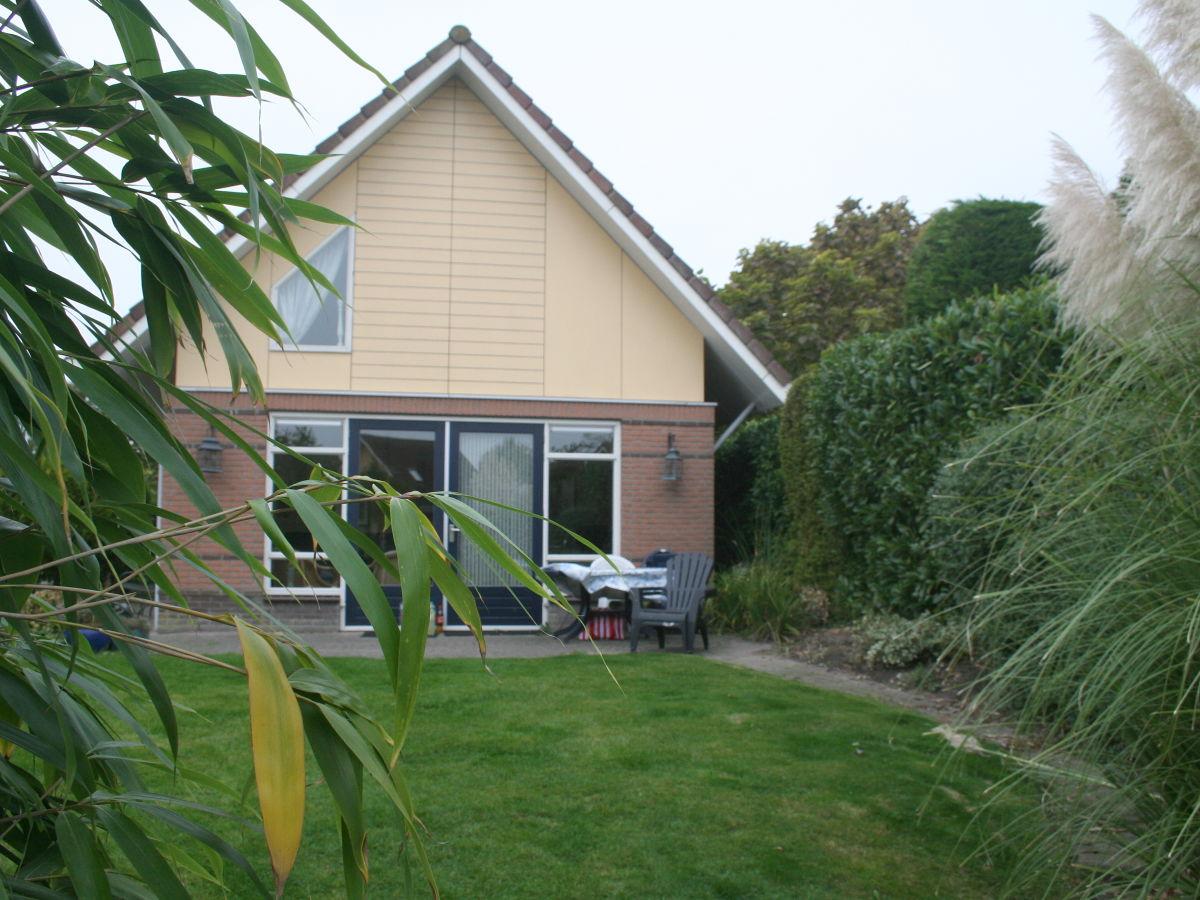 ferienhaus birgit mit hund nordsee holland ijsselmeer. Black Bedroom Furniture Sets. Home Design Ideas