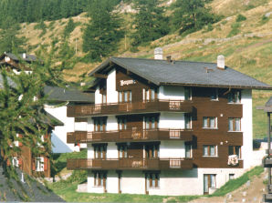 Holiday apartment Bergrose, Saas Fee
