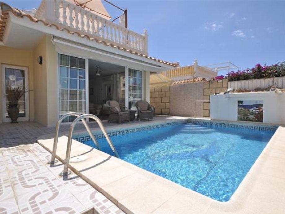 Pool Luxus Villa im sonnigen Süden