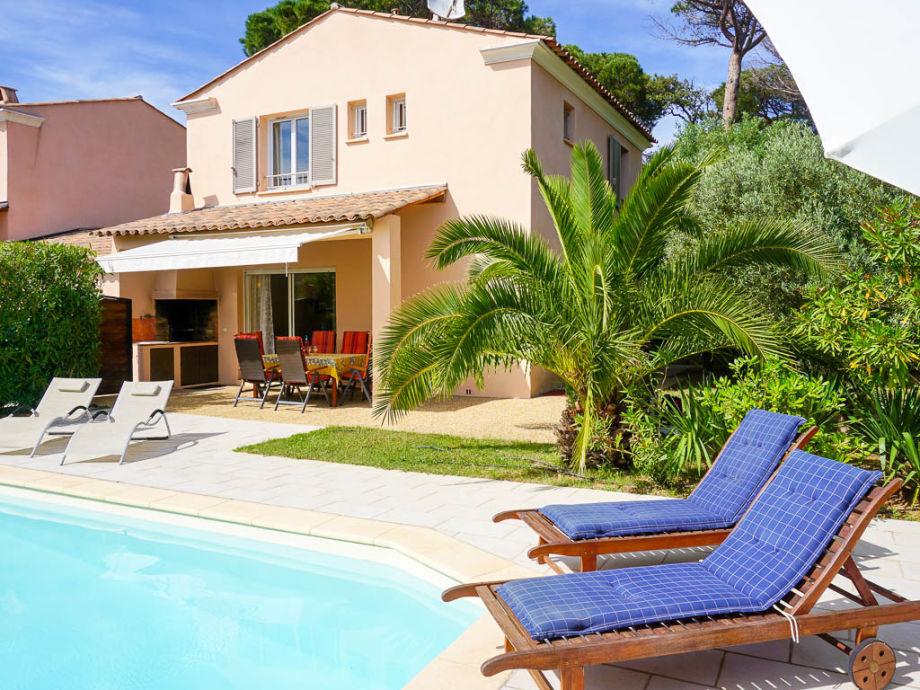 Ferienhaus mit privatem Pool in der Domaine