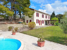 Holiday house with pool in the vineyards of Beaumes-de-Venise