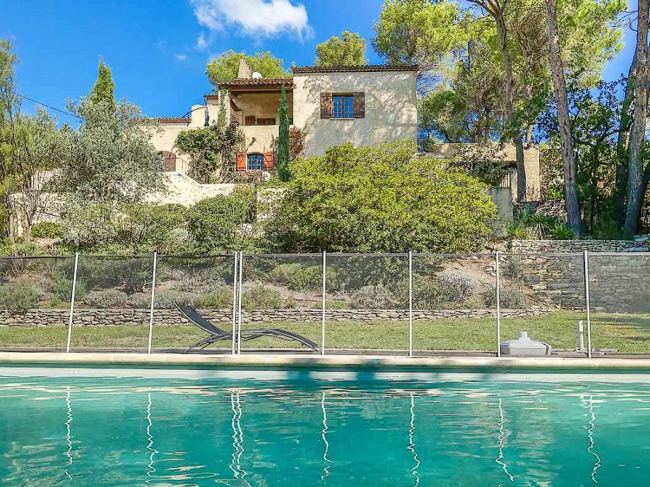 Ferienhaus mit Pool in Mérindol in der Provence
