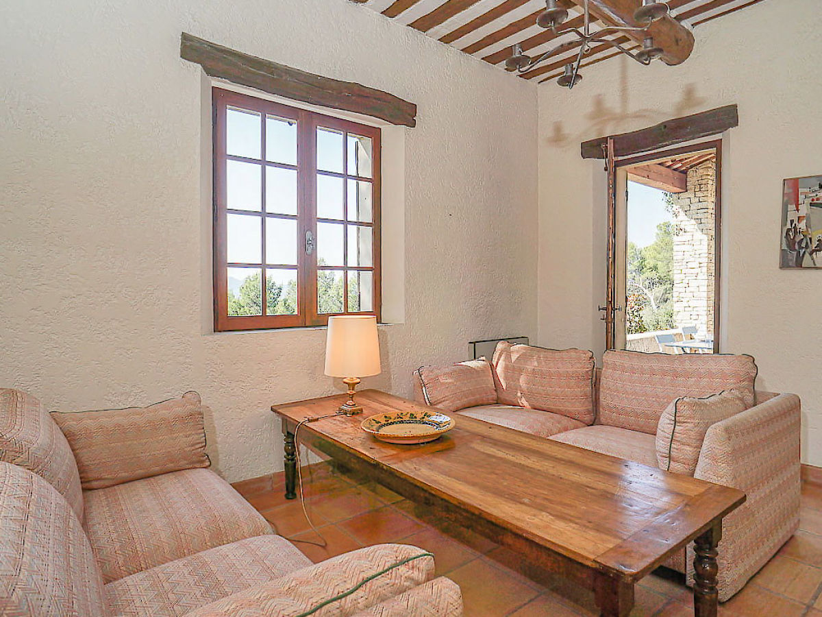 ferienhaus mit privatem pool und hanggrundst ck im m rindol provence m rindol firma marion. Black Bedroom Furniture Sets. Home Design Ideas