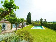 Ferienhaus mit privatem Pool unterhalb von Grimaud