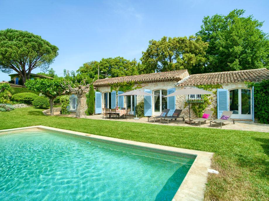 Ferienhaus mit privatem pool unterhalb von grimaud c te d - Formentera ferienhaus mit pool ...