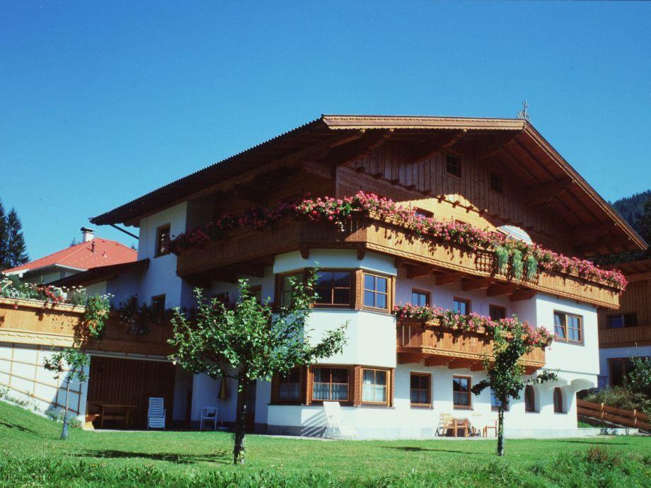 Haus Moosanger Sommernasicht