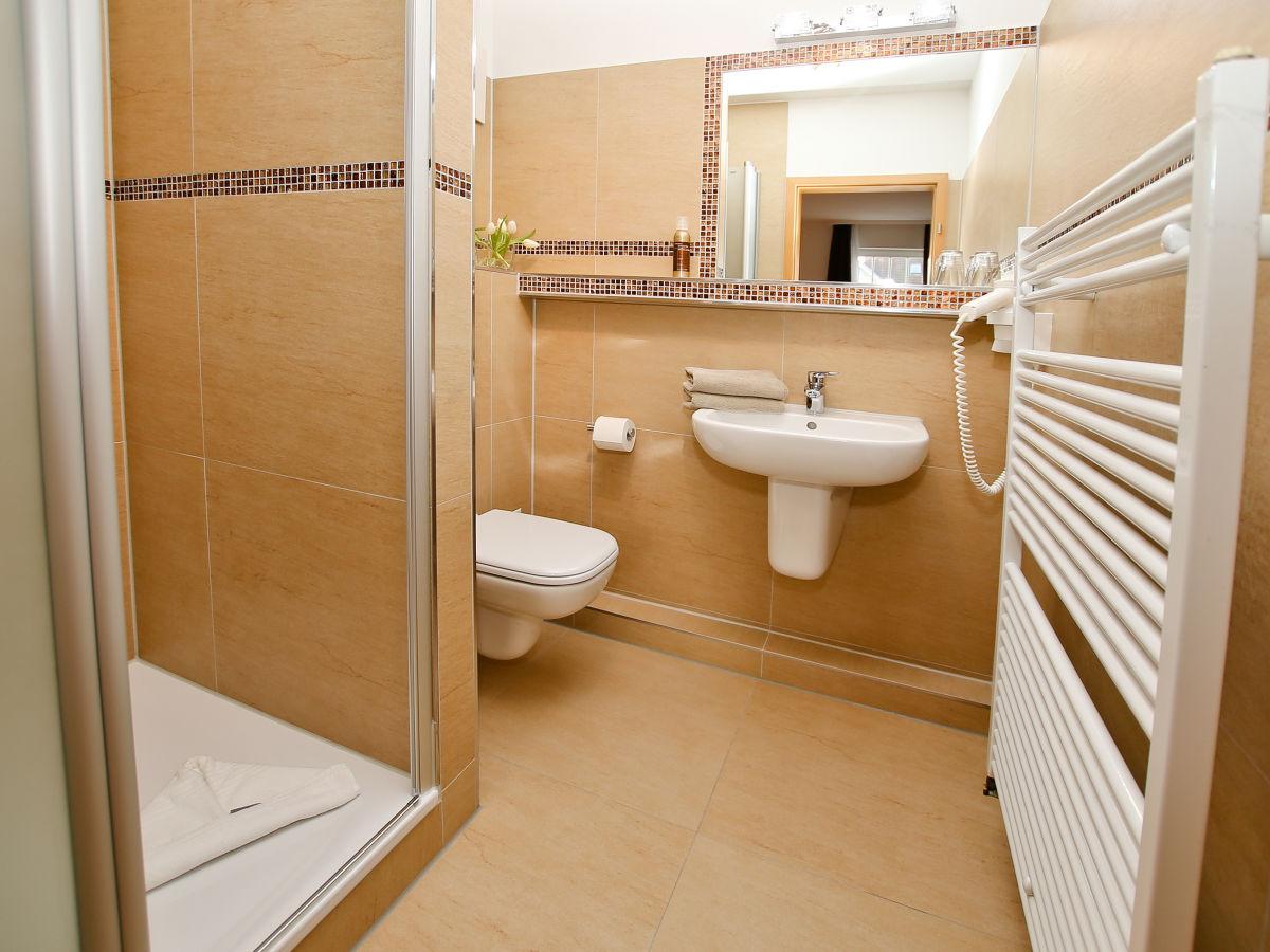 ferienwohnung im appartementhaus monika mecklenburg vorpommern k hlungsborn firma. Black Bedroom Furniture Sets. Home Design Ideas