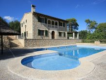 Villa Neuwertige Villa Son Capellet | 44203