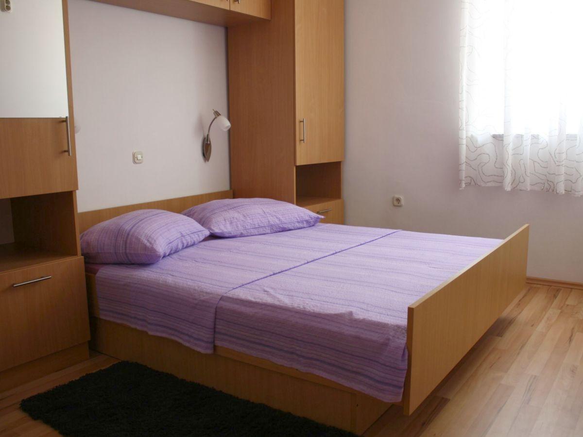 ferienwohnung iris 2 1 mandre insel pag frau ksenija. Black Bedroom Furniture Sets. Home Design Ideas