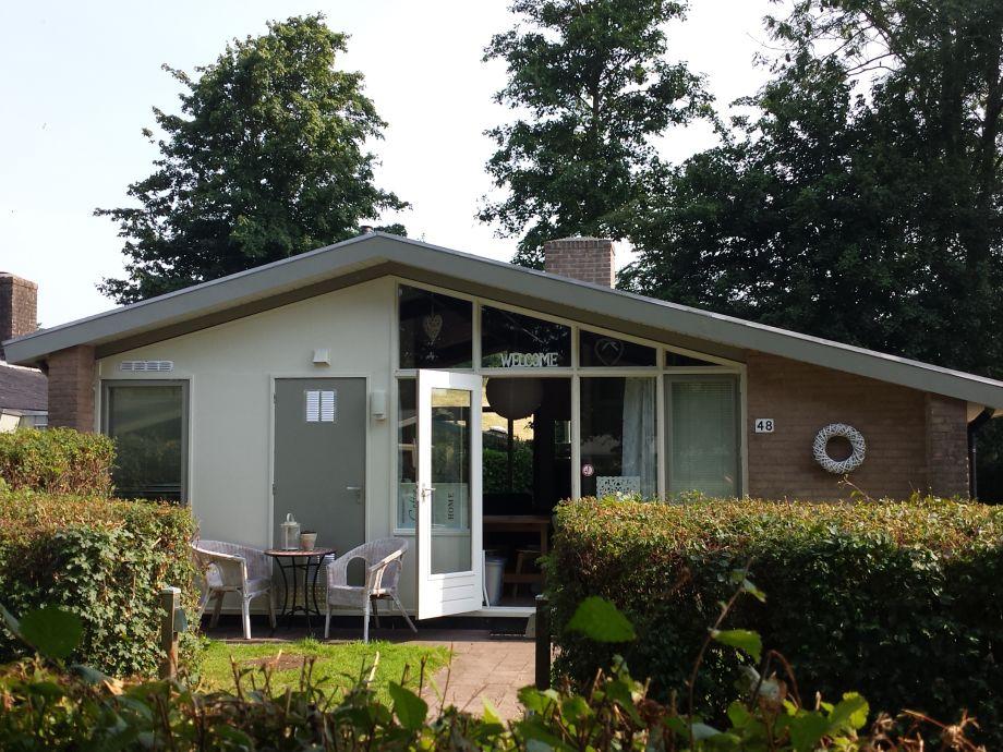 Gemütliches Ferienhaus direkt am IJsselmeer