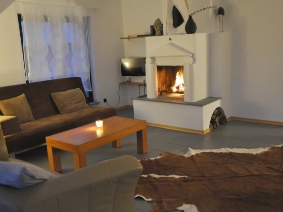 ferienwohnung sch ner wohnen mit kamin ruhrgebiet witten frau nicole schulz. Black Bedroom Furniture Sets. Home Design Ideas