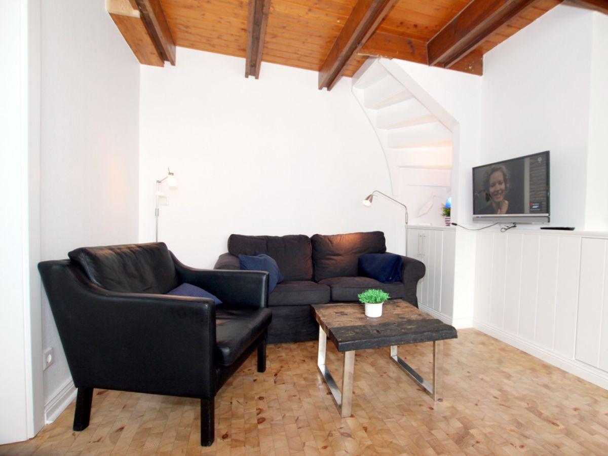 ferienwohnung 3 im ginsterweg 4 b f hr firma fr drich ferienwohnungen und immobilien herr. Black Bedroom Furniture Sets. Home Design Ideas