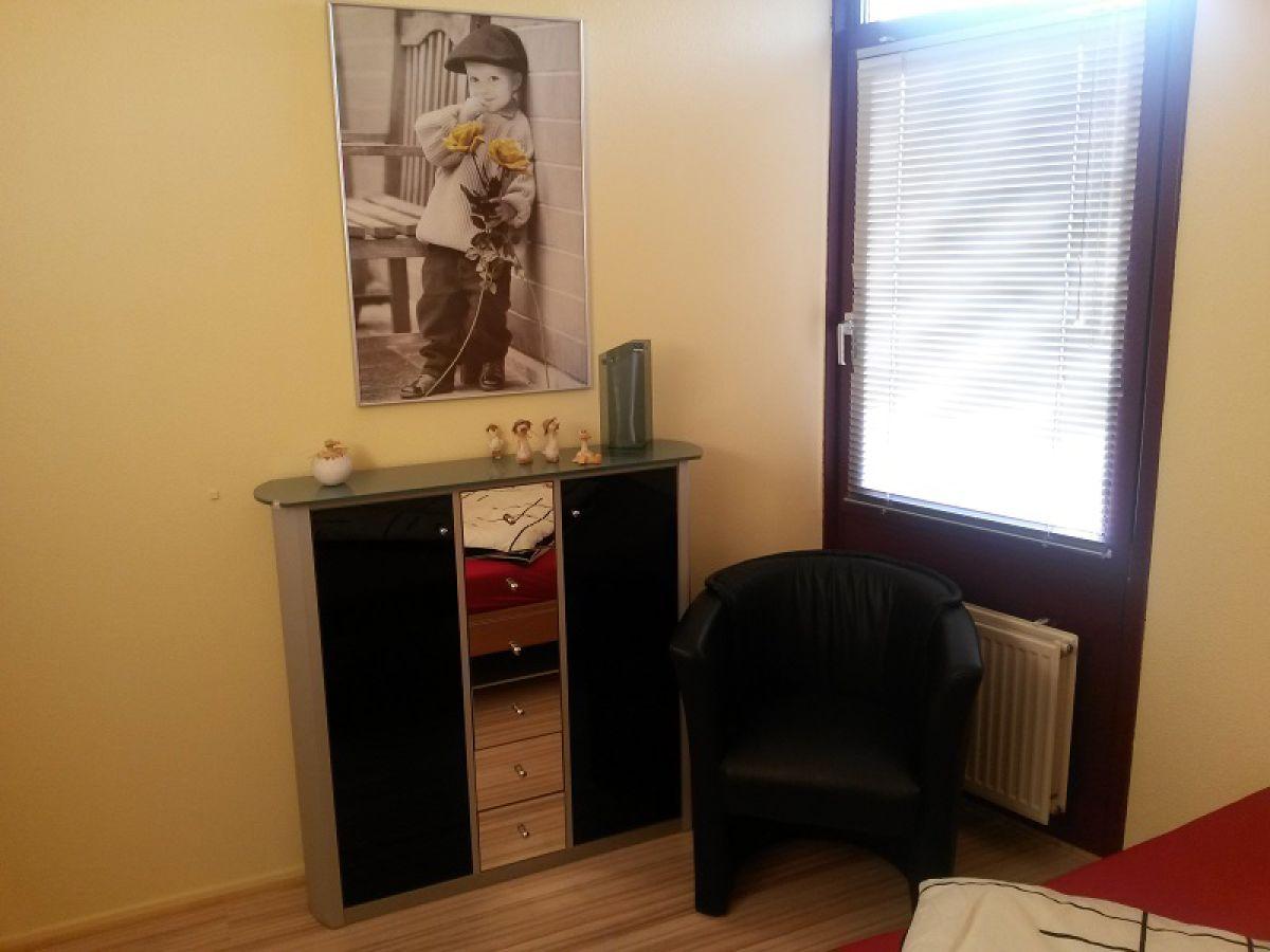 bungalow freistehend von 3 seiten wasser umgeben aq51. Black Bedroom Furniture Sets. Home Design Ideas